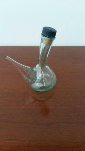 bouteille en verre pour huile d olive en parfait etat antiquites verre cristal 2ememain