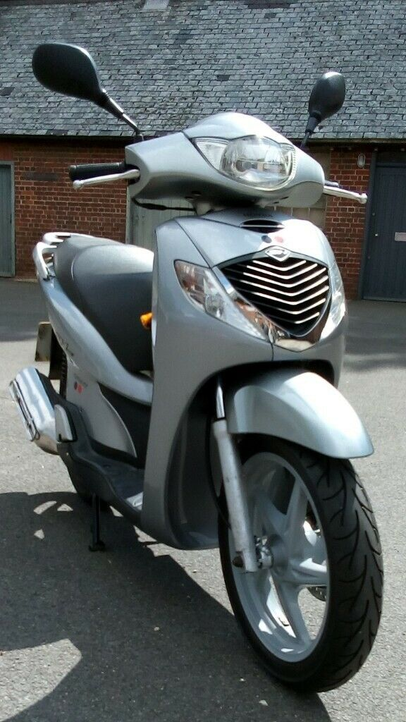 Honda SH125i 2008 for sale. Very good and very clean condition. | in Fordingbridge. Hampshire | Gumtree