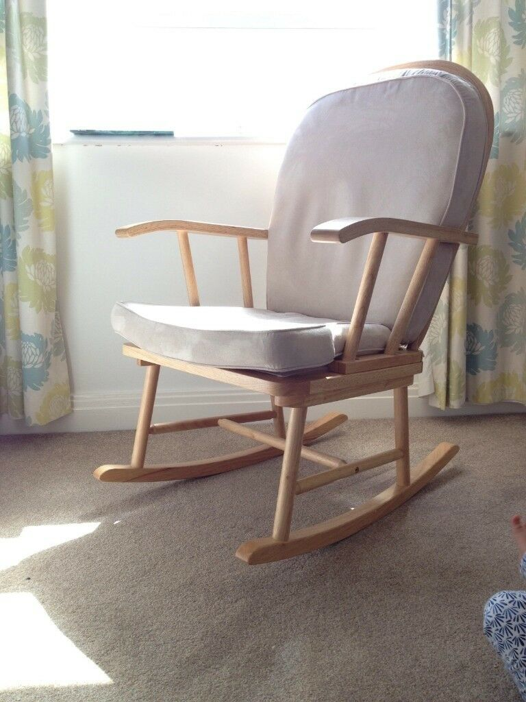 more photos 69f2d 1234f Breastfeeding Chair Mothercare