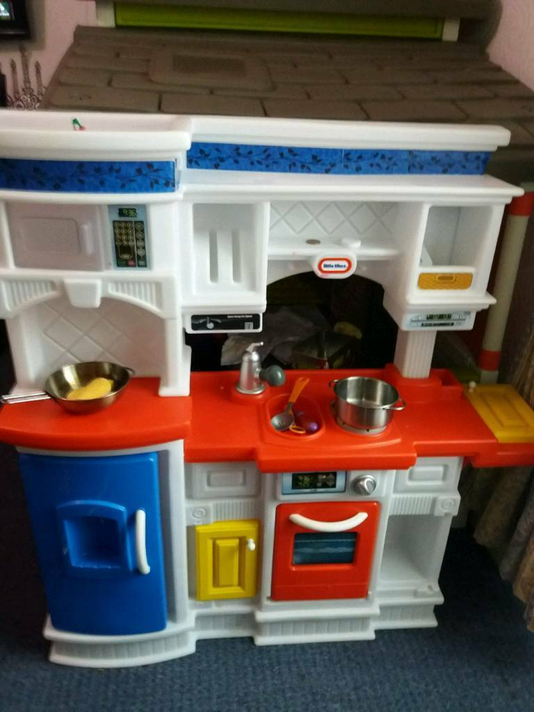 play kitchens for sale kitchen appliances installation service early learning in dundee gumtree
