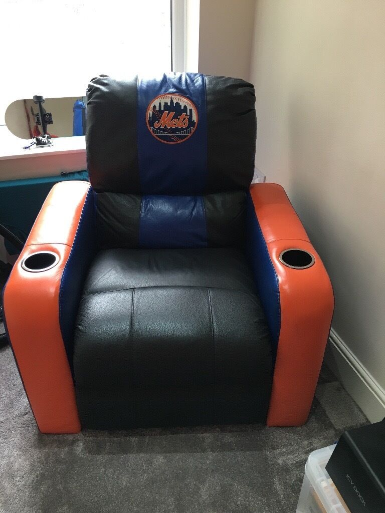 Rare Lazy Boy Recliner by Dreamseat Official New York