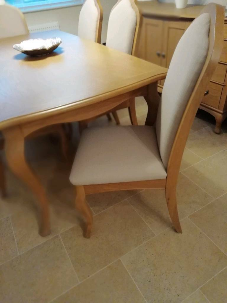oak kitchen table 8 island solid light dining and 6 chairs in bridgend gumtree