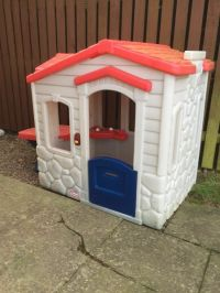 Little Tikes Picnic on the Patio Playhouse - Royal | in ...