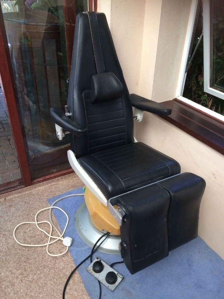 tattoo artist chair desk with no wheels in hengoed caerphilly gumtree