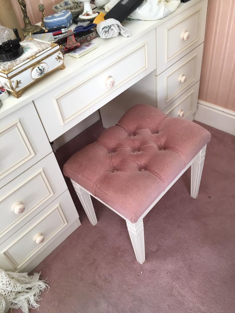 bedroom chair gumtree ferndown ergonomic drafting chairs furniture in dorset