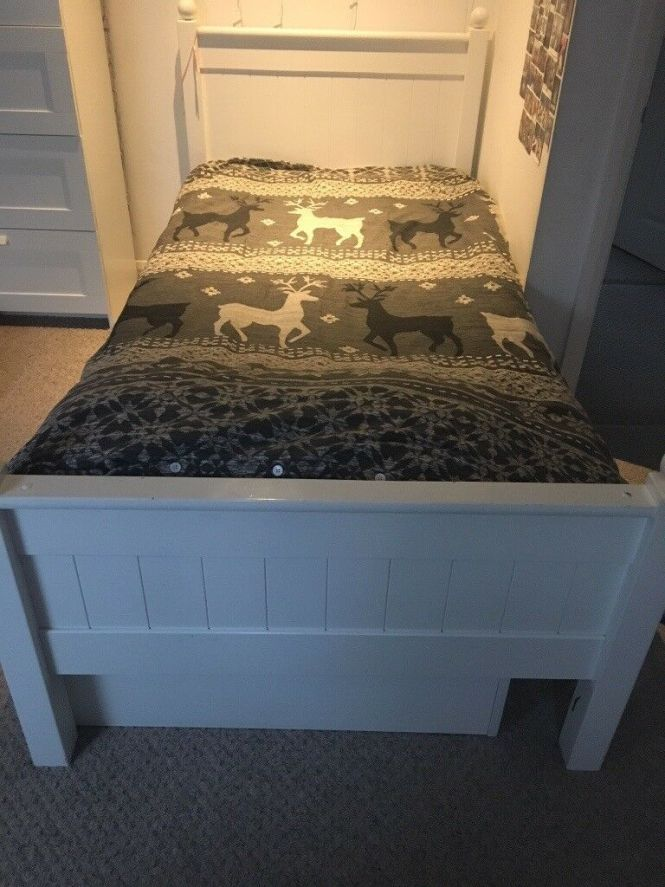 Single Ae White Bed Truckle With Mattress