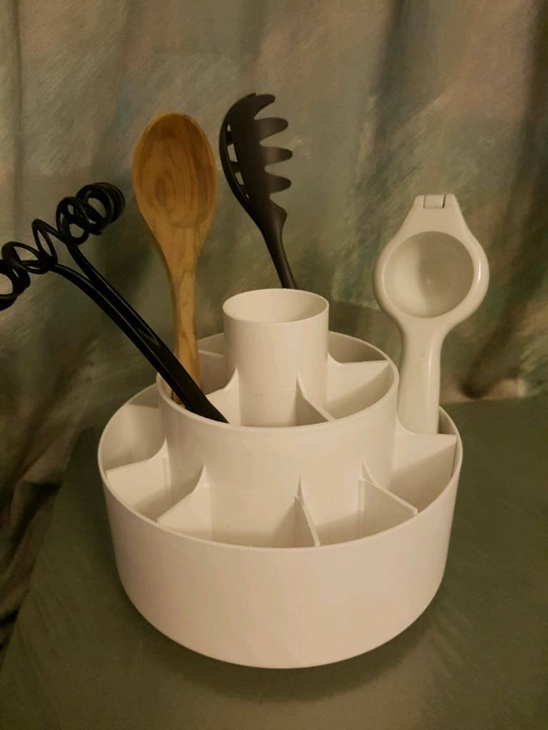 kitchen tool holder bath and stores pampered chef white turnabout revolving utensil