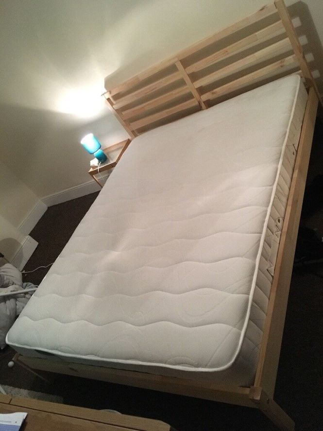King Size Wooden Bed Frame With Dreams Pocket Sprung Memory Foam Mattress Nearly New