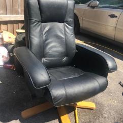 Bedroom Chair Gumtree Ferndown Desk Singapore Black Leather Swivel Relaxer Reclining In Dorset