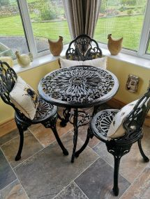 cast iron patio table and chairs