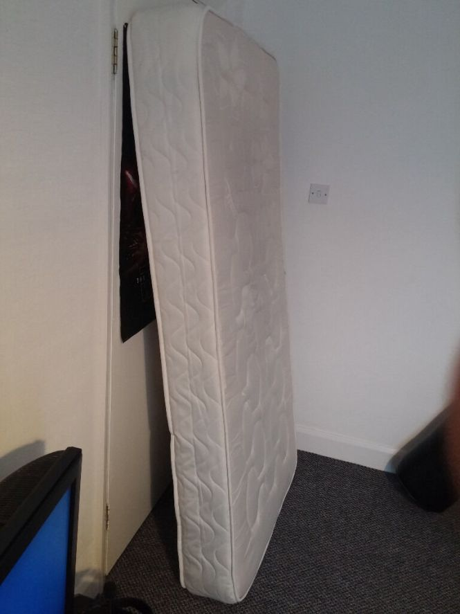 For Used Single Mattress 3ft