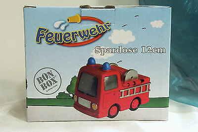 Sparkasse Spardose Kindersparkasse rotes Feuerwehrauto für Kinder mit Schloß Neu