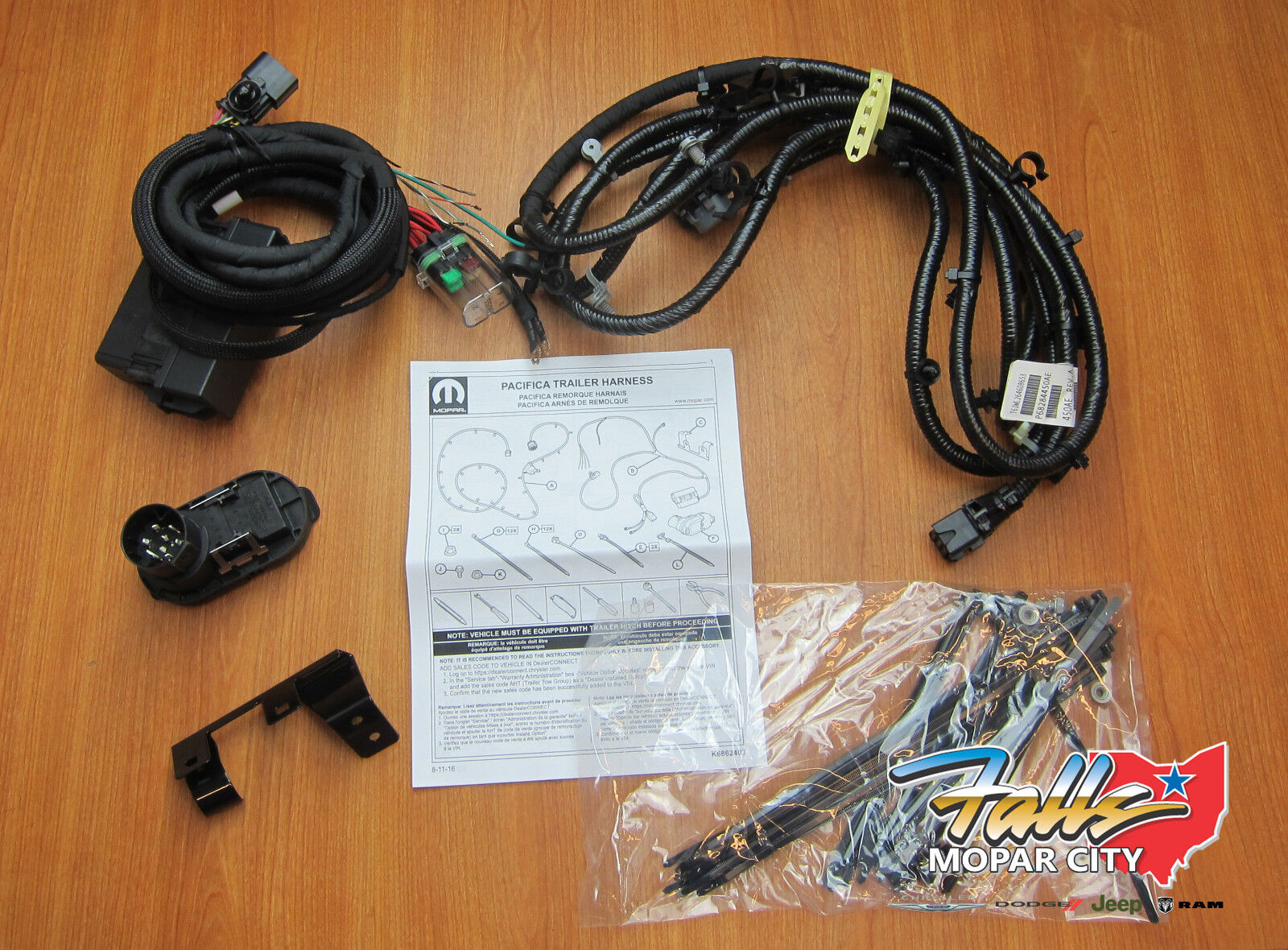 hight resolution of 2017 2018 chrysler pacifica trailer tow hitch wiring harness kit mopar oem