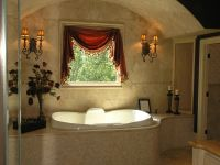 How to Decorate a Garden Tub