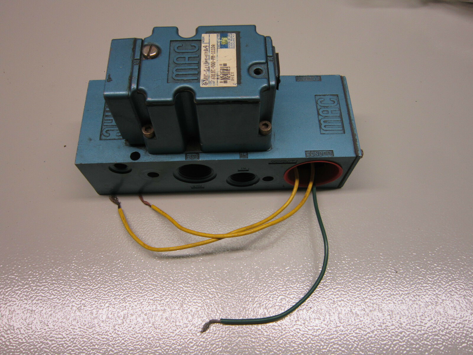 medium resolution of mac valves 6311c 000 pm 111da solenoid valve and manifold used with warranty