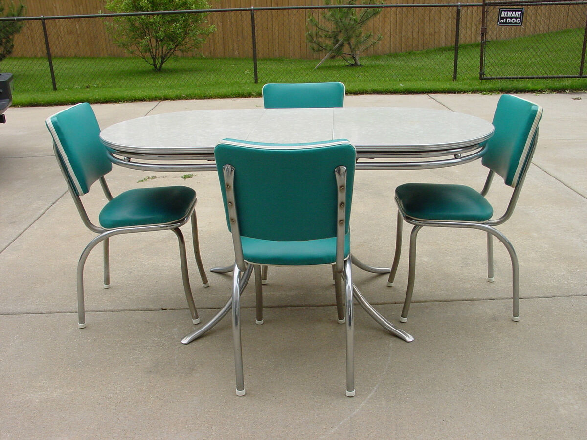 Vintage Retro 1950's Formica and Chrome Kitchen Table and