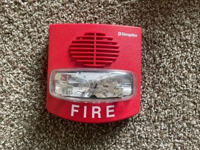 Simplex 4903-9418 TrueAlert Fire Alarm SmartSync Horn/Strobe