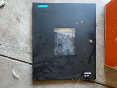Siemens Cerberus Pyrotronics FS-250 Fire Seeker FACP User Interface Panel