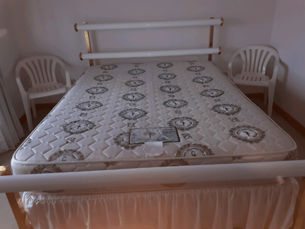 Queen Bed With Mattress Base