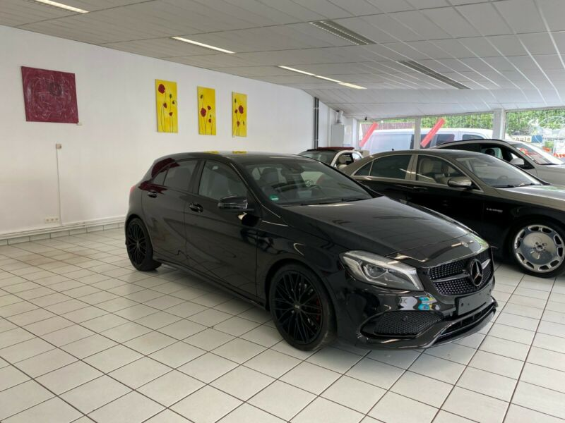 Mercedes-Benz A 250 AMG Sport*Panorama*Night*19Zoll OZFelgen*