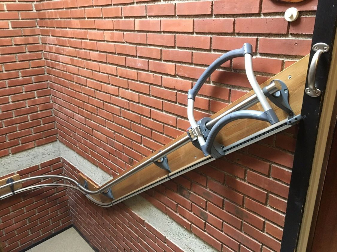 Der Treppenassistent ASSISTEP - alternative zum Treppenlift