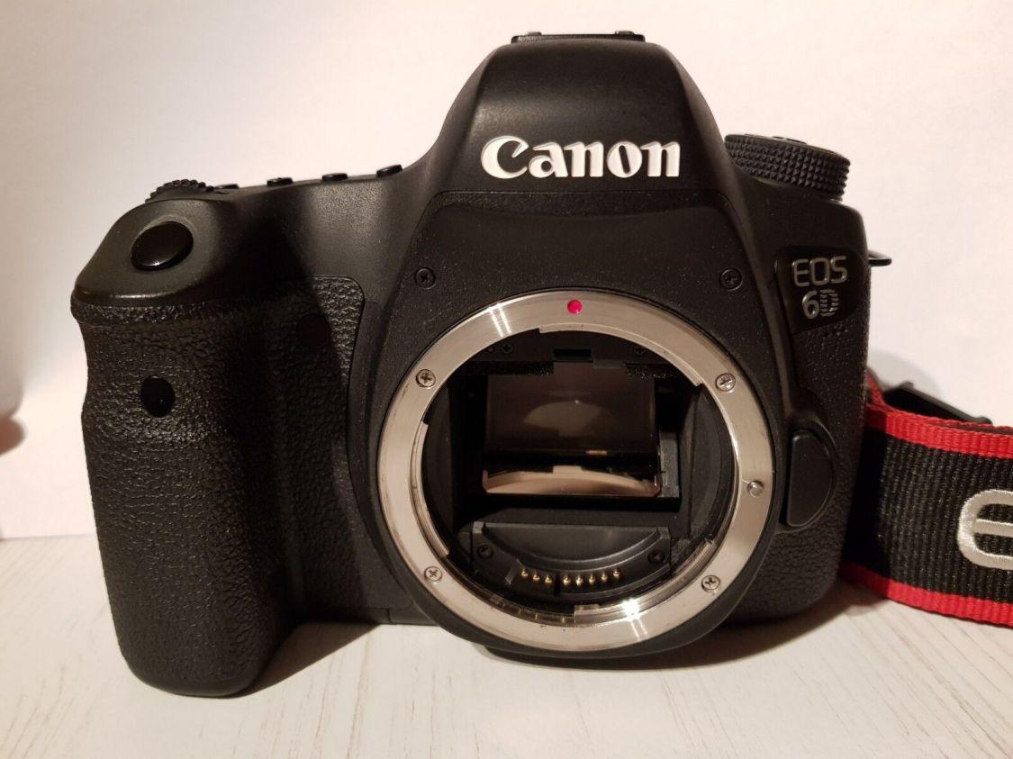 Canon EOS 6D 20,2 MP SLR Digitalkamera - Nur Gehäuse mit 10.000 Auslösungen! TOP