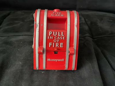 Honeywell S498A Fire Alarm Pull Station EST Edwards 270-SPO