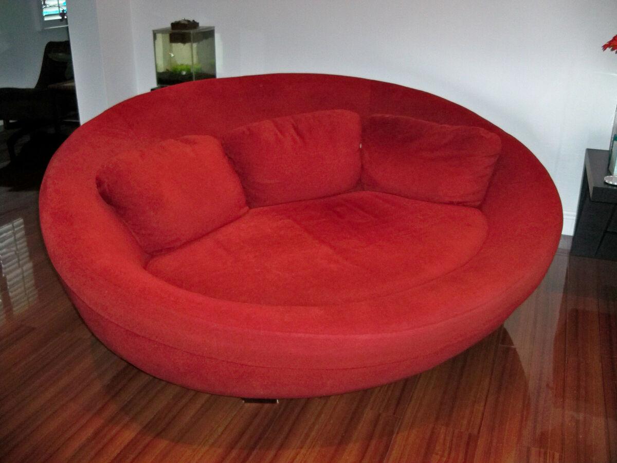 circular sofa chair replacement bungee cord for zero gravity large red cellini ufo oval round cloth couch loveseat