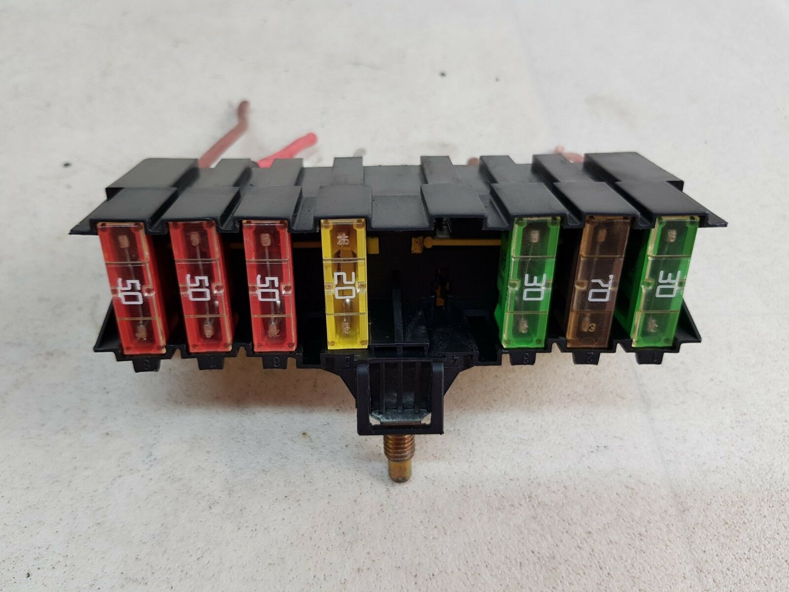 medium resolution of details about citroen c4 picasso mk1 07 13 engine fuse box relay control module 9636079380