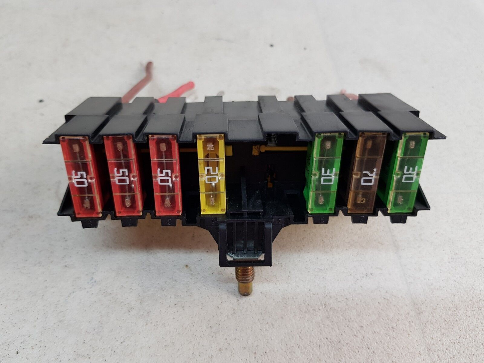 hight resolution of details about citroen c4 picasso mk1 07 13 engine fuse box relay control module 9636079380