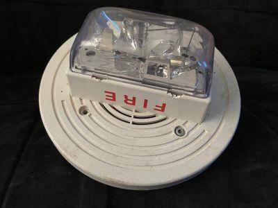 Simplex 4906-9256 Fire Alarm TrueAlert Speaker/Strobe Ceiling White