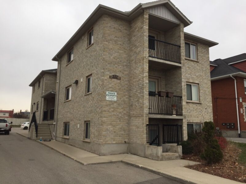 Bright large and luxury 2 bedroom condo  2 bedroom
