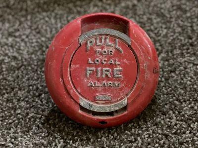 *Vintage* *Rare* Standard Electric 200179 Fire Alarm Pull Station (U5)