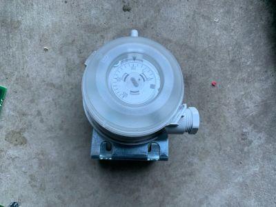 Siemens QBM81-5 Air Channel Differential Pressure Switch