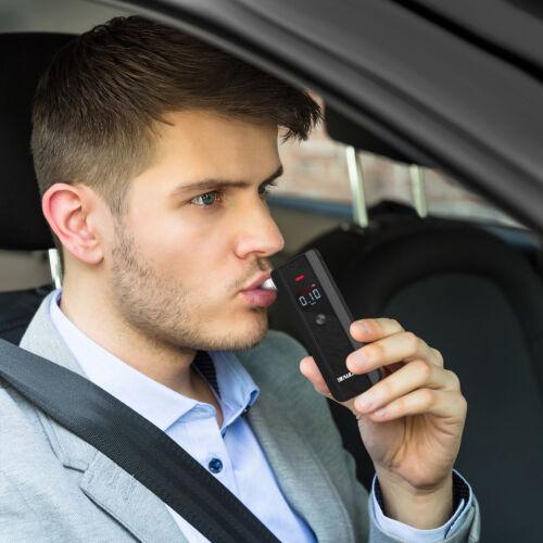Digital Alkoholtester Promilletester Atem Alkomat Alcohol Tester Polizei tragbar