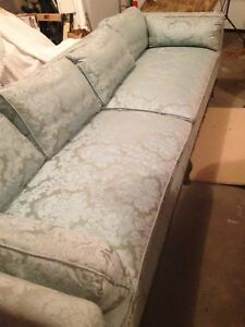 henredon sofa fabrics king hickory sofas ebay vintage couch down filled cushions wood trim over 7 5 ft