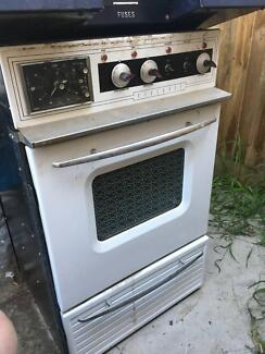 Vintage St George Electric Oven And Stove Top