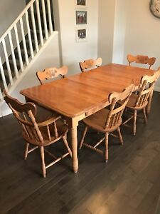 maple kitchen table island tops buy or sell dining sets in calgary kijiji classifieds solid set