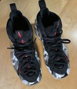 Nike Air Foamposite One Fighter Jet (US 8.5)