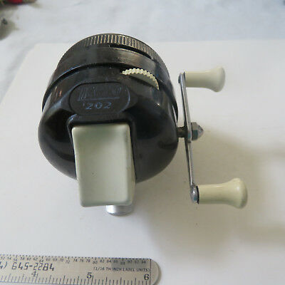 zebco fishing chair most expensive desk baitcasting reel vintage 202 early metal foot black