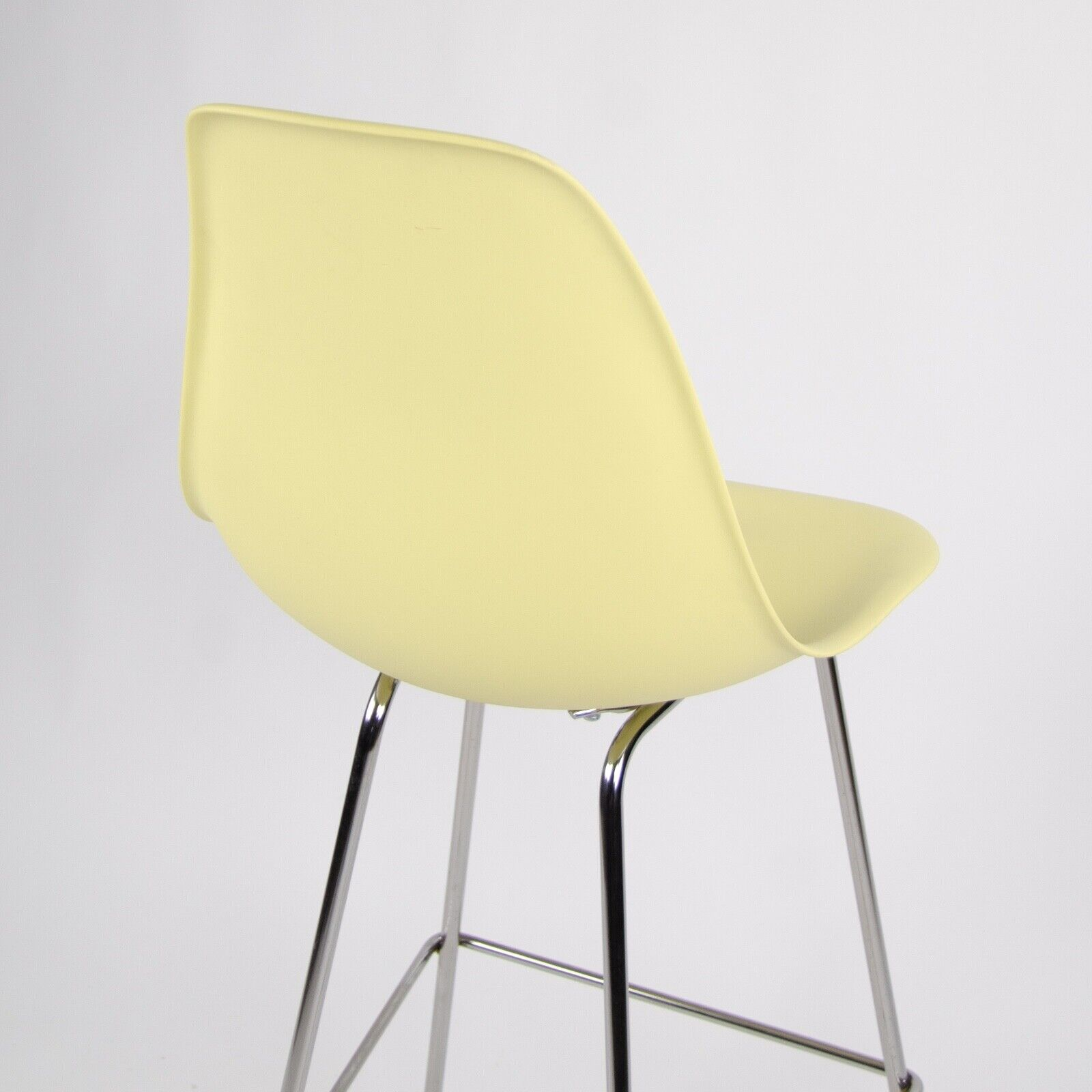 Herman Miller Shell Chair Details About New 2016 Herman Miller Eames Plastic Side Shell Chair Barstool Pale Yellow 4x