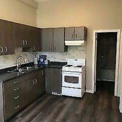 Kitchen For Rent Rustic Chandelier Commercial Kijiji In Ontario Buy Sell Save Queensdale 2bed 1bath Renovated