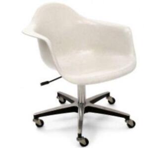 eames fiberglass chair ethan allen wingback ebay chairs