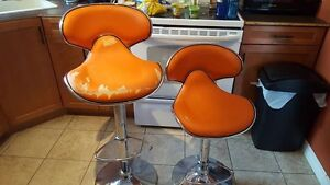 swivel chairs kijiji peterborough ivory rosette chair covers retro orange buy and sell furniture in 2