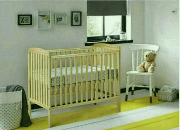Kinder Valley Sydney Cot Natural Pine And Free Mattress Brand New In