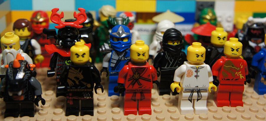 Ninjago Jede Ninja Figur Hat Ihre Geschichte EBay