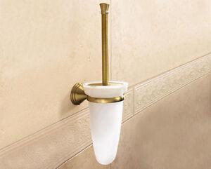 Wc intasato da oggetti  Infissi del bagno in bagno