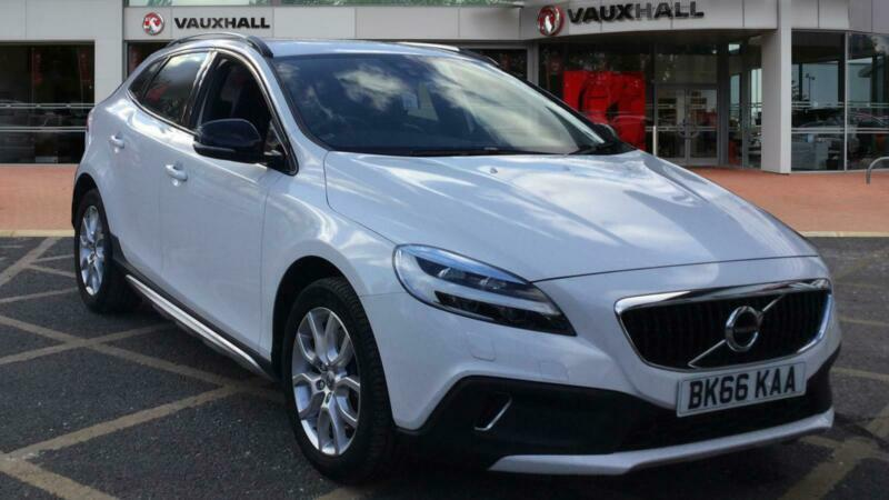 2016 Volvo V40 T3 [152] Cross Country Pro 5dr Geartronic Petrol Hatchback Auto H   in Durham, County Durham   Gumtree