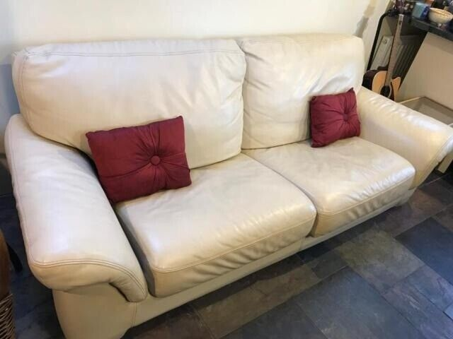 nice sofa set pic overnight hickory north carolina very used cream leather in aberdeen gumtree