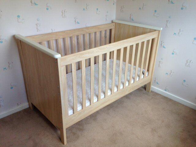 Mamas And Papas Murano Cot Bed Including Mattress
